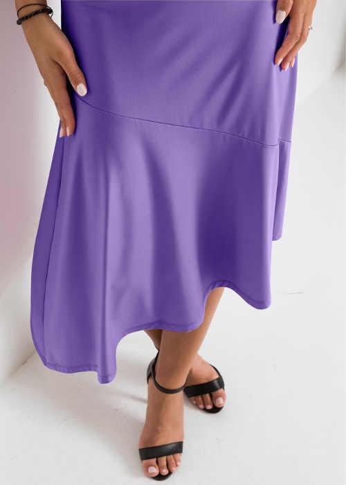 fialová sukně v asymetrickém provedení