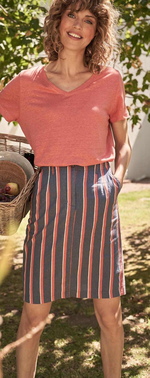 Pohodlná lněná sukně k práci na zahradě