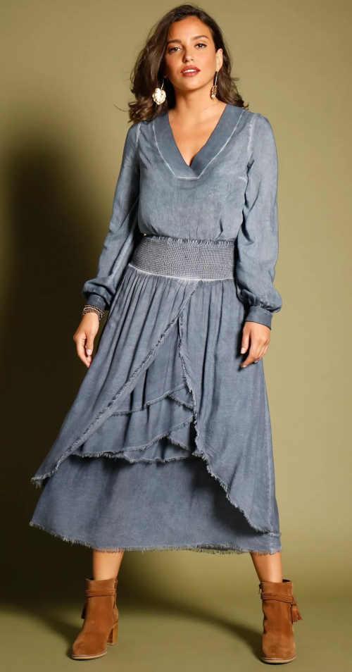 dlouhá asymetrická modrá sukně