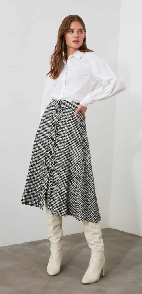 károvaná sukně na knoflíkovou légu