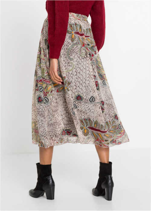 skládaná barevná maxi sukně