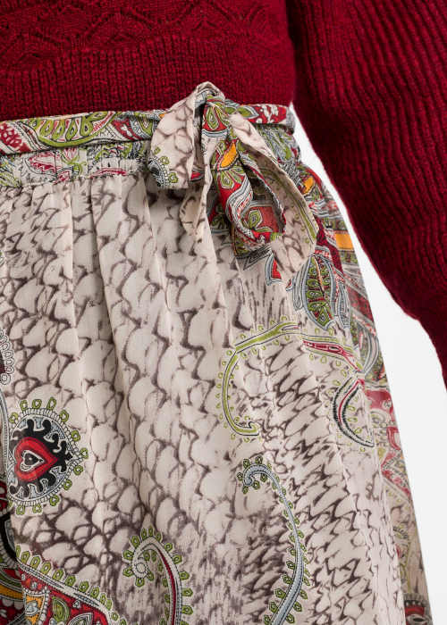 sukně s moderním vzorem dlouhá
