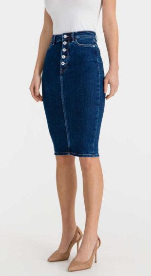 Dámská stylová džínová sukně Guess lichotící postavě