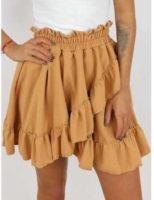Krátká béžová sukně s volány v atraktivním provedení