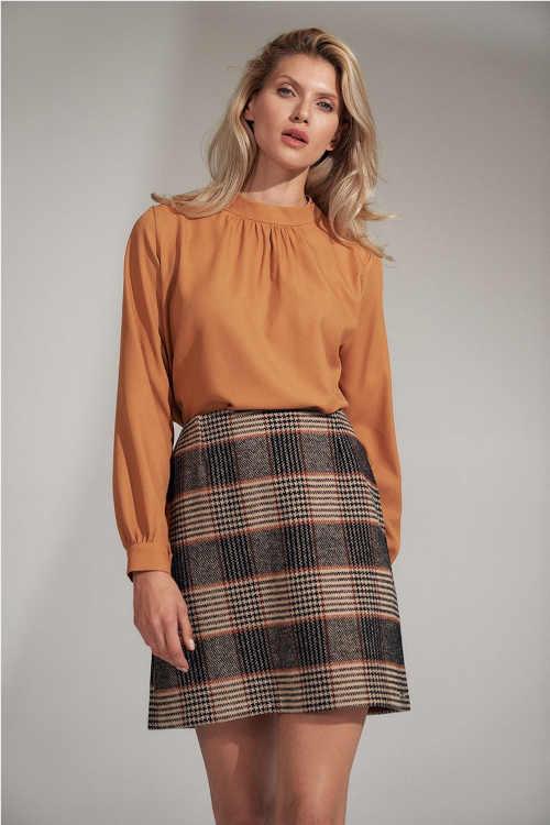 krátká sukně v moderním károvaném vzoru