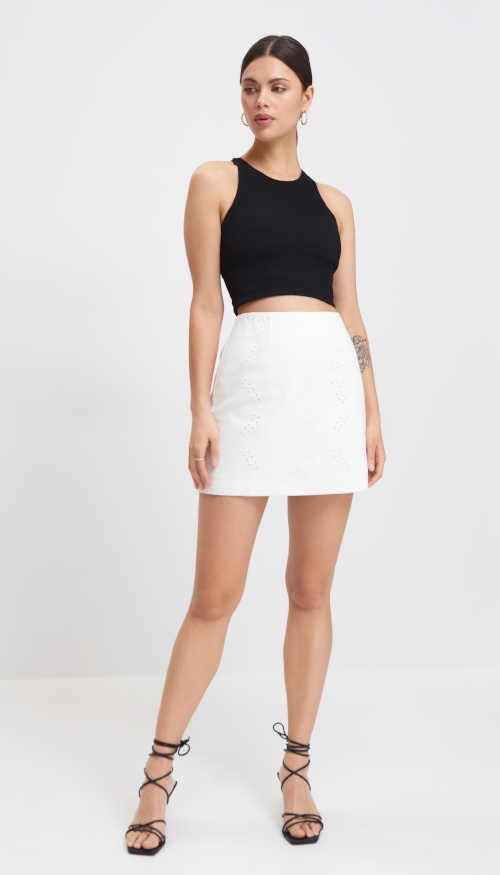 bílá bavlněná mini sukně