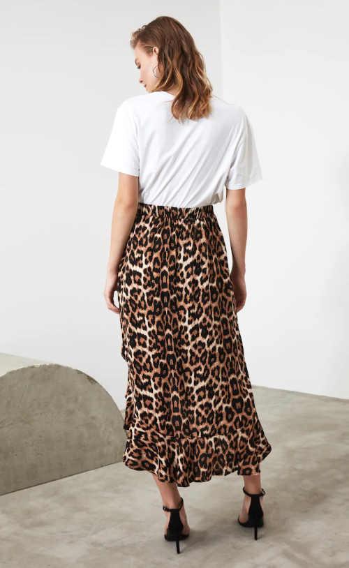 sukně v moderním vzoru v pase do gumy