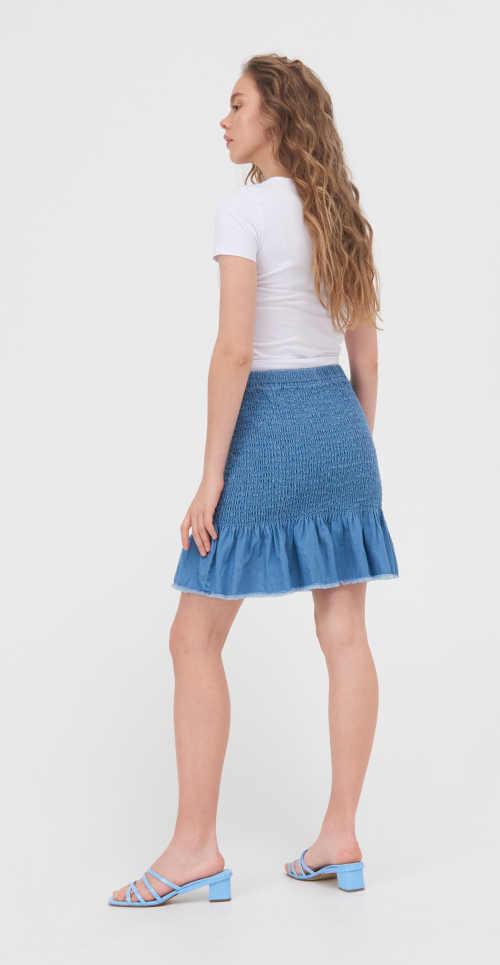 sukně z kvalitního materiálu