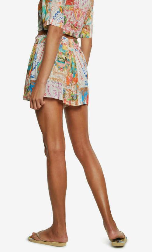 plážová sukně v krátké délce