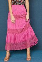 Dlouhá dámská sukně s macramé a krajkovou vsadkou
