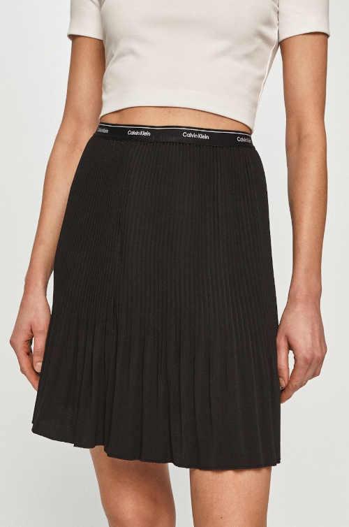 Moderní dámská sukně Calvin Klein v rovném střihu