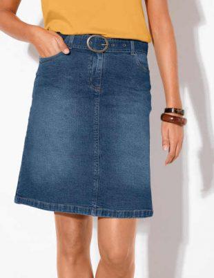 Stylová džínová sukně v délce nad kolena pro dámy menší postavy
